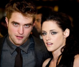 kristen and robert dating 2012 Watch this robert pattinson & kristen stewart video, kristen/robert - girlfriend, on fanpop and browse other robert pattinson & kristen stewart videos.