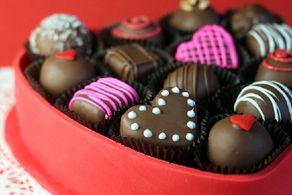 Love or Business - Who invented Chocolate Day in Valentine's week